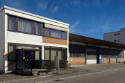 Frontbild Fellbach - Lager-/Produktionshalle mit Büro